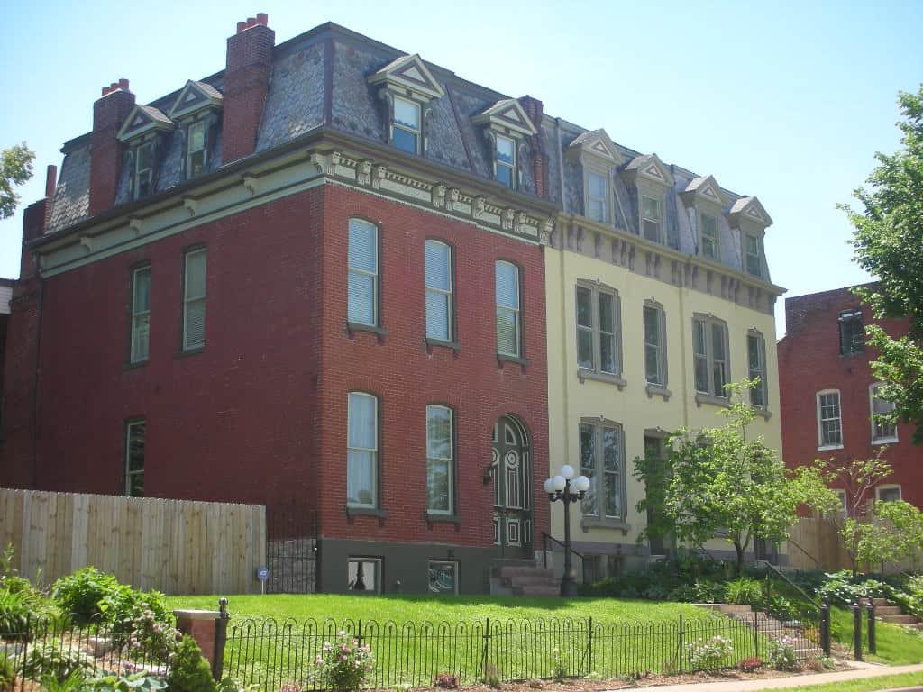 Townhouses in Benton Park neighborhood in St. Louis